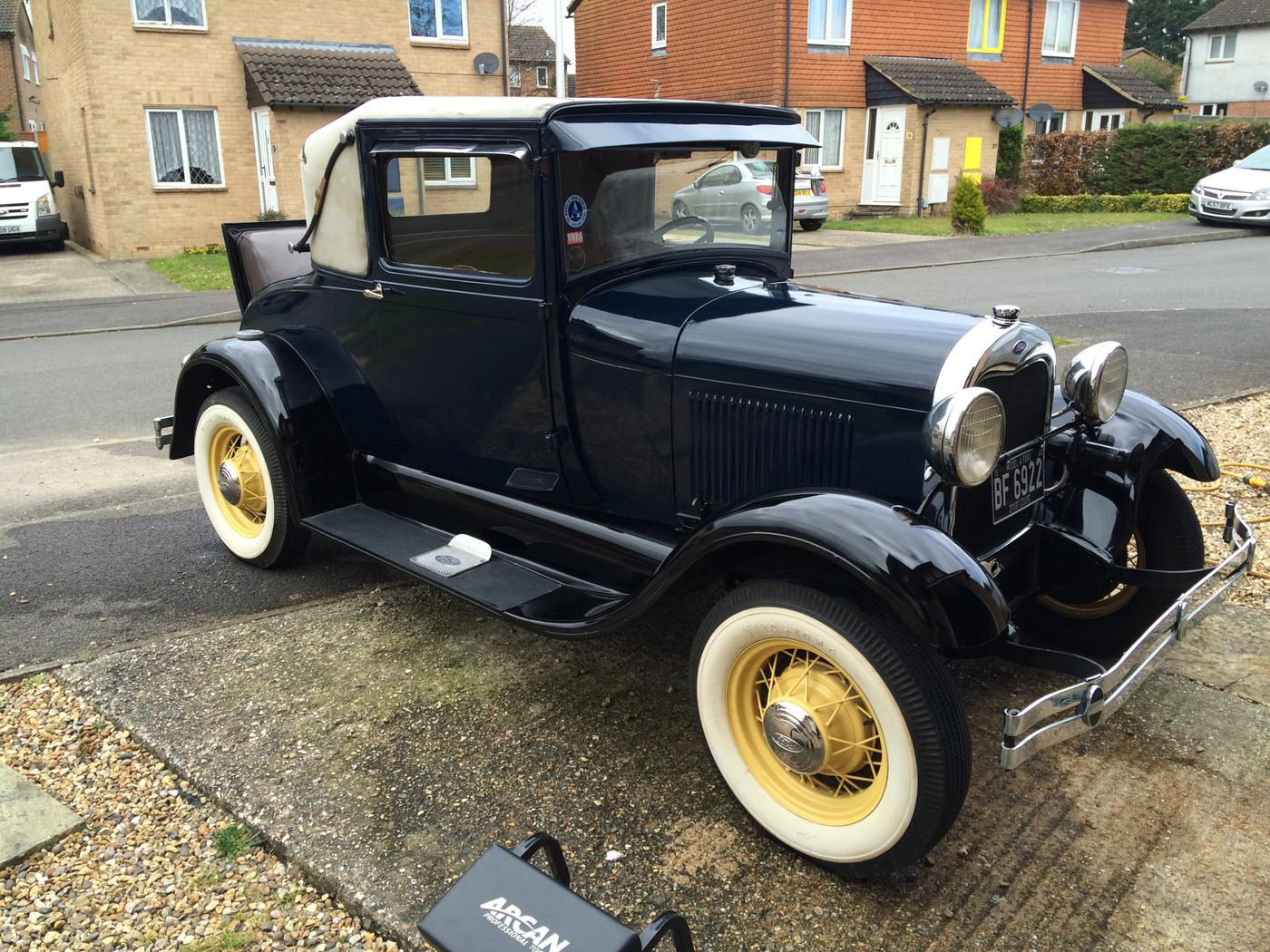 UK Classic Car Podcasts - Kevin Flood | Listen Notes